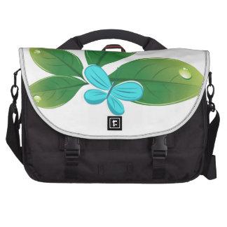Mariposa verde de la hoja bolsas de portátil