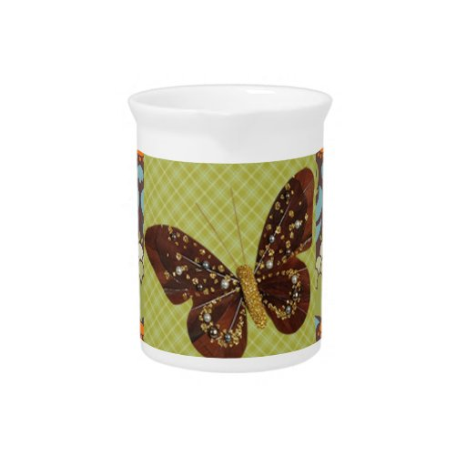 Mariposa verde maravillosa jarras de beber