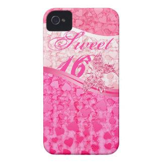 Mariposa y corazones rosados en el dulce rosado 16 iPhone 4 funda