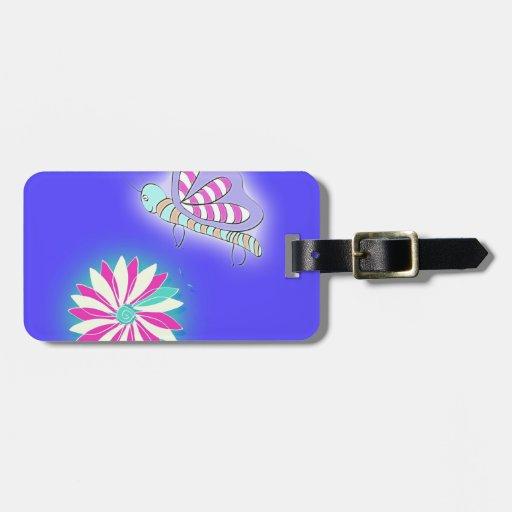 Mariposa y flor del beso de caramelo etiqueta para equipaje