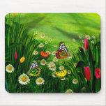 Mariposa y flores del paisaje de la naturaleza alfombrillas de raton