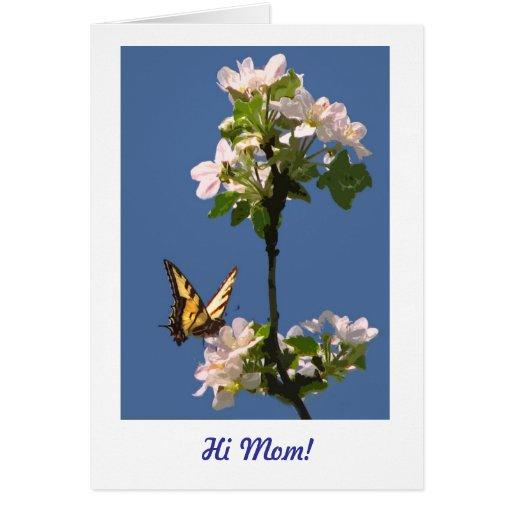 Mariposa y flores para la mamá tarjeton