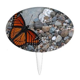 Mariposa y piedras figura de tarta