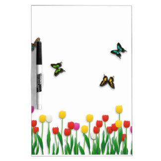 Mariposa y tulipanes pizarras blancas