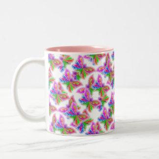Mariposas abstractas (rosa) taza