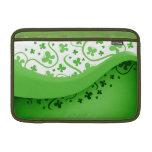 Mariposas abstractas verdes y blancas funda  MacBook