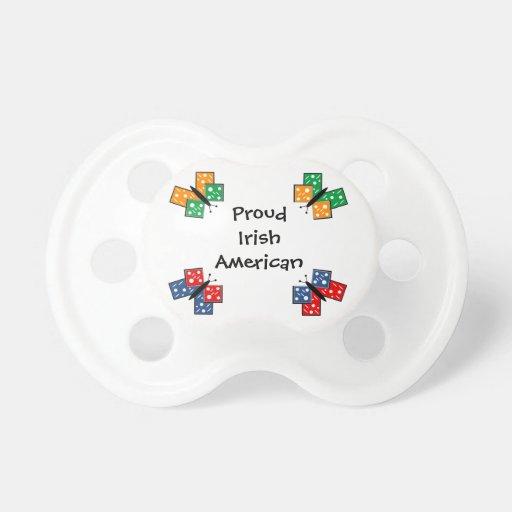Mariposas americanas irlandesas chupete de bebe
