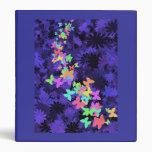 Mariposas coloridas/fondo púrpura-azul