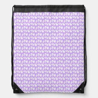 Mariposas de la conciencia en púrpura de la lila mochila