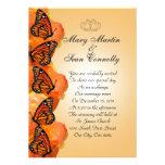 Mariposas de monarca de la invitación del boda