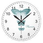Mariposas de Namaste Relojes De Pared