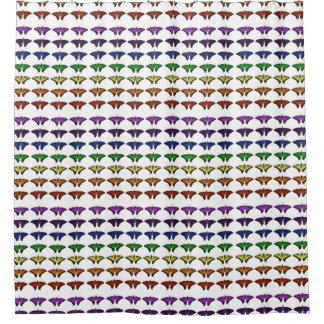 Mariposas del arco iris de Chakra Cortina De Baño