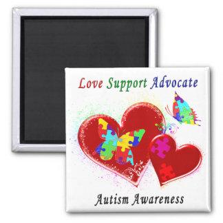 Mariposas del autismo en corazones imán cuadrado