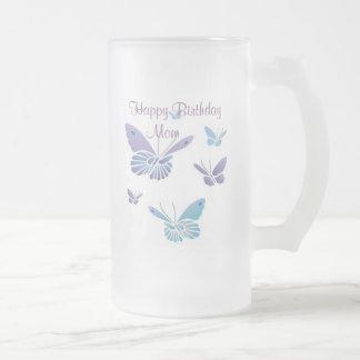 Mariposas del baile mamá del feliz cumplea taza de café