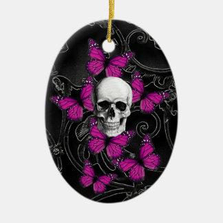 Mariposas del cráneo y de las rosas fuertes de la adorno ovalado de cerámica