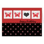 Mariposas del feliz cumpleaños y tarjeta roja del