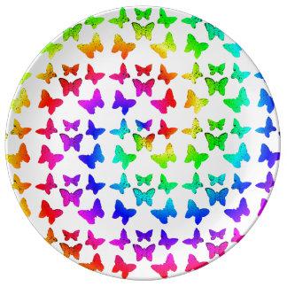 Mariposas del remolino del arco iris plato de cerámica