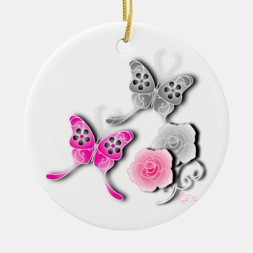 Mariposas elegantes y rosas rosados y de plata adornos de navidad