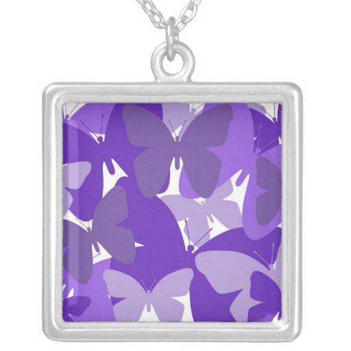 Mariposas en collar púrpura
