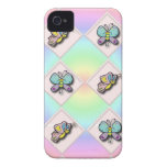 Mariposas en el tablero Case-Mate iPhone 4 carcasa