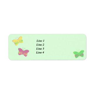 Mariposas en fondo verde claro etiqueta de remite