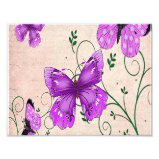 Mariposas púrpuras en colores pastel fotografía