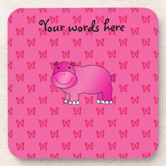 Mariposas rosadas lindas del rosa del hipopótamo posavasos de bebidas