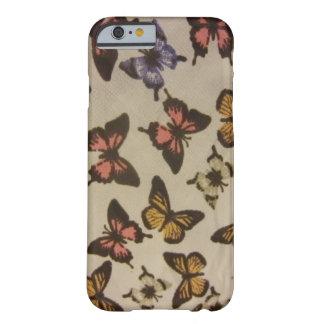 Mariposas salvajes funda de iPhone 6 barely there