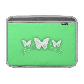 Mariposas verdes claras y adornadas fundas MacBook