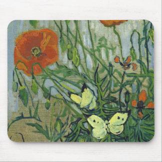Mariposas y amapolas de Vincent van Gogh Mouse Pad
