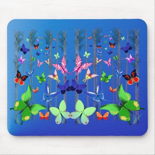 Mariposas y bosque brillantes Mousepad Alfombrillas De Ratón