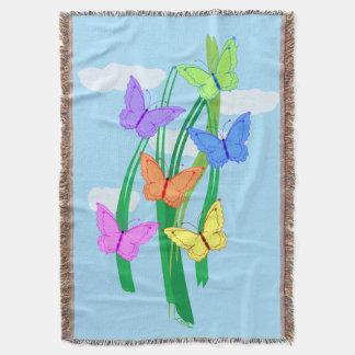 Mariposas y cielo manta