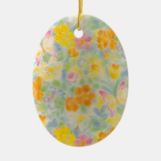 Mariposas y flores en colores pastel adorno navideño ovalado de cerámica
