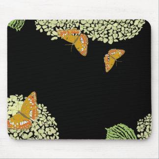 Mariposas y negro del cojín de ratón del Hydrangea Alfombrilla De Raton