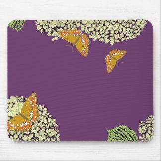 Mariposas y púrpura del cojín de ratón del Hydrang Alfombrilla De Raton