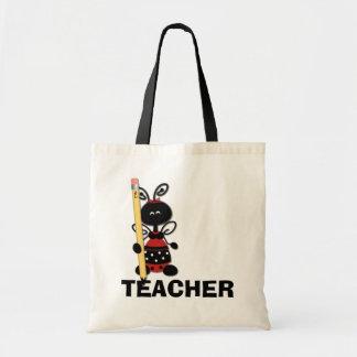 Mariquita con la bolsa de asas del profesor del lá