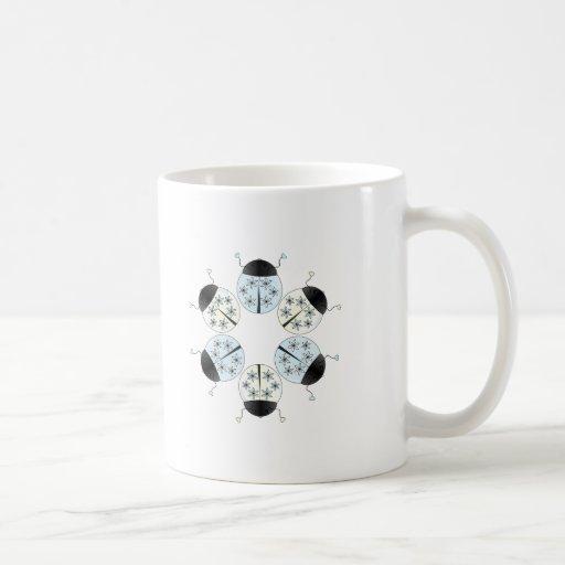 Mariquita del copo de nieve tazas de café