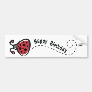 Mariquita del feliz cumpleaños etiqueta de parachoque
