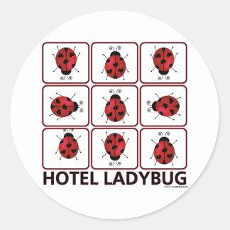 Mariquita del hotel pegatina redonda