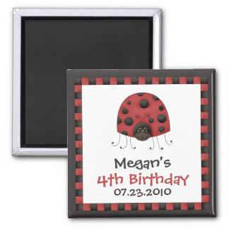 Mariquita • Imán de la invitación del cumpleaños