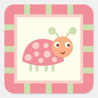 Mariquita rosada de los insectos lindos calcomanía cuadradas personalizada