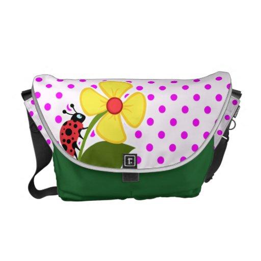 Mariquita y flor en lunares fucsias bolsa de mensajeria