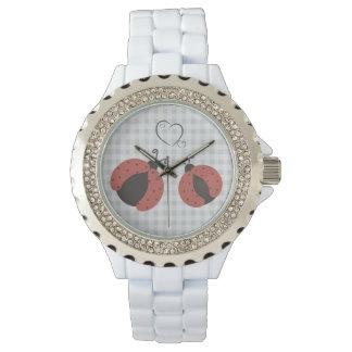 Mariquitas elegantes de moda femeninas lindas de relojes de pulsera