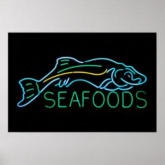 Mariscos con la señal de neón de los pescados póster