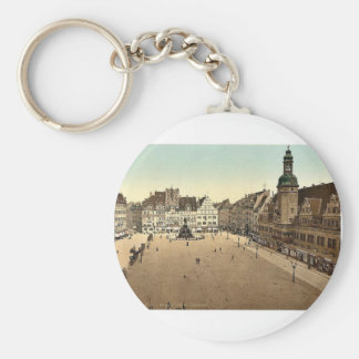 Market place and Hotel de Ville, Leipsig (i.e., Le Key Chain