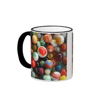 Mármoles en una taza
