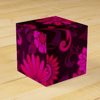Maroon and Pink Retro Flowers Favor Boxes