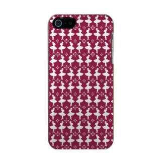 Maroon Ballarinas Metallic Phone Case For iPhone SE/5/5s