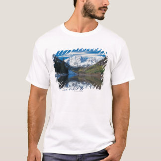 Maroon Bells in White River National Forest in T-Shirt