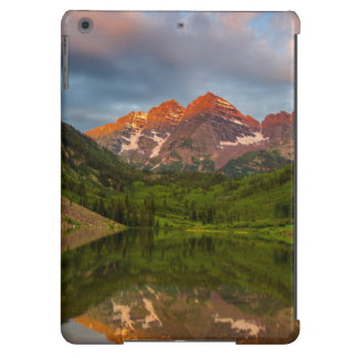 Maroon Bells Reflect Into Calm Maroon Lake 3 iPad Air Cover